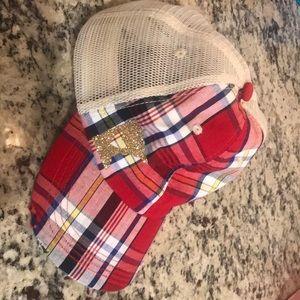 Women's Minnesota trucker hat